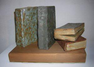 libros sobre la mesa