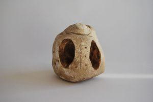 obra escultorica que representa una cueva